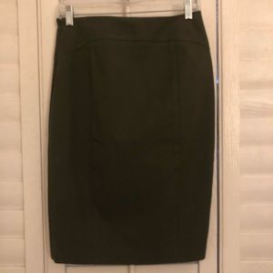 NWOT Banana Republic Pencil Skirt